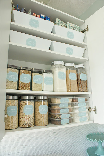 Dollar-Store-Beautiful-Pantry