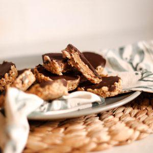 No-bake peanut butter choc cups