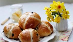 easy hot cross bun